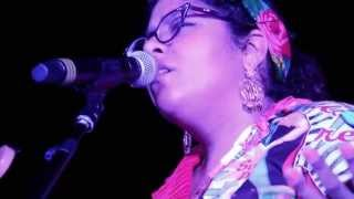 La Santa Cecilia - Love Came Here