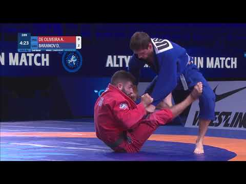 GOLD Men's GP Gi - 62 kg: A. DE OLIVEIRA (FRA) v. D. BARANOV (UKR)