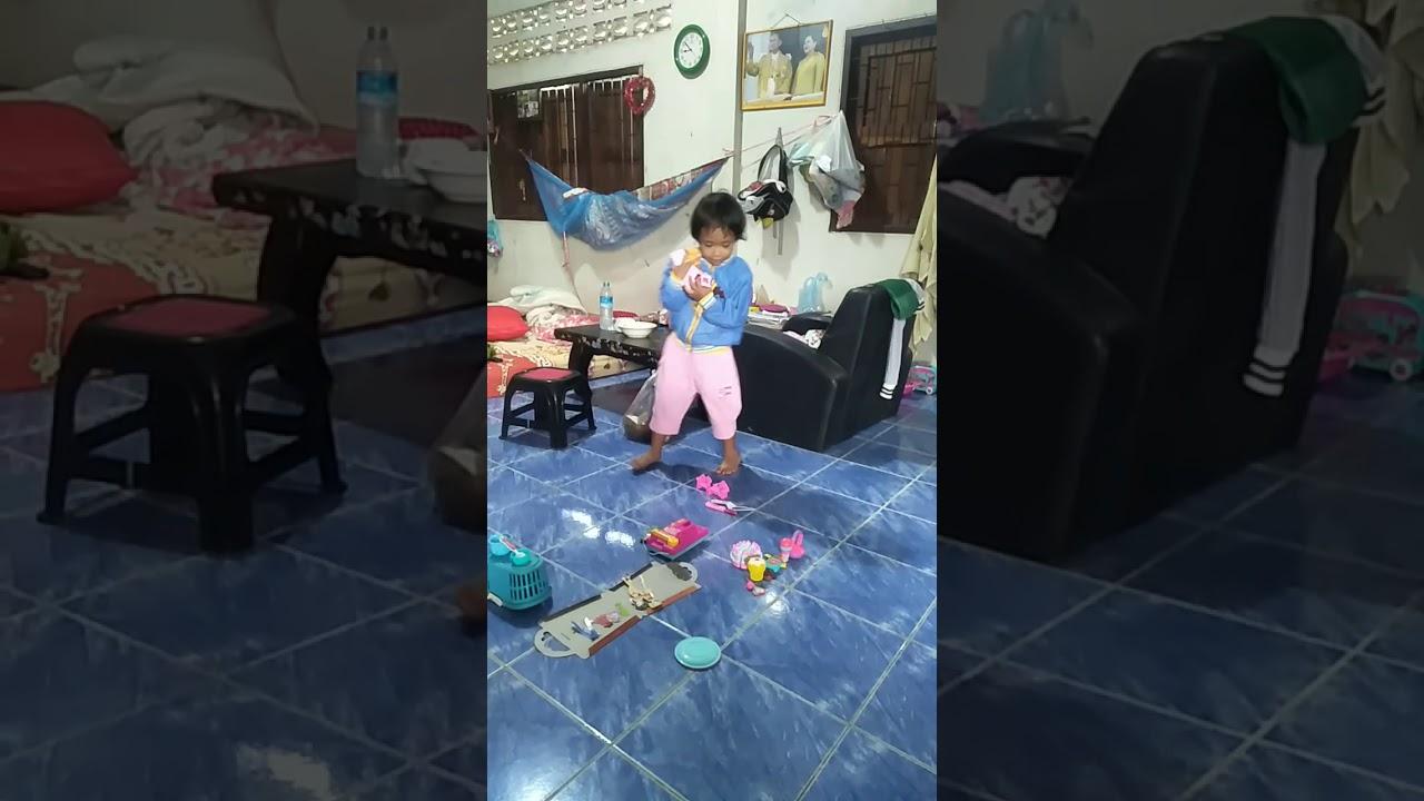 แฟนพุ่มพวง ฝน ธนสุนธร - YouTube