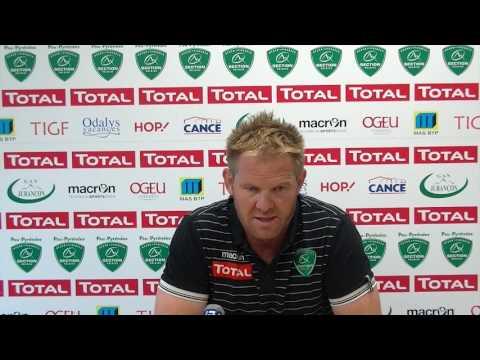 Simon Mannix en conférence de presse avant Lyon - Section !