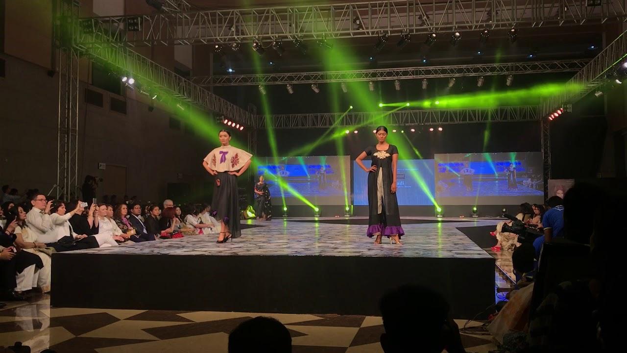 Rima Naz Tresemme Presents Khadi The Future Fabric Show 2017 Fashion Design Council Of Bangladesh Youtube