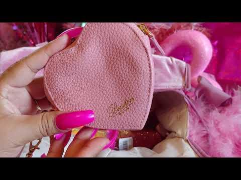 What's in My Pink Velvet Birthday Handbag? (Juicy Couture)💗💕🌸🌺💄🎀🌟