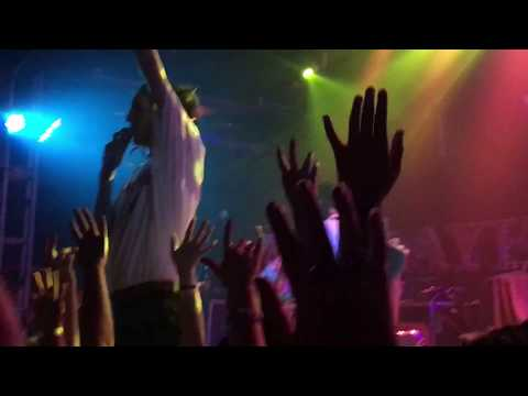 CHASE ATLANTIC - THE WALLS LIVE @ THE TROUBADOUR