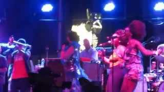 """Macy Gray with Galactic - """"I Can't Wait to Meetchu"""" Live at Hangout Music Festival 2015"""