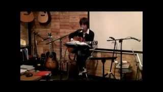 13年1月17日(木)博多・天神のフォーク喫茶「白いギター」にて♪ & 1月20...