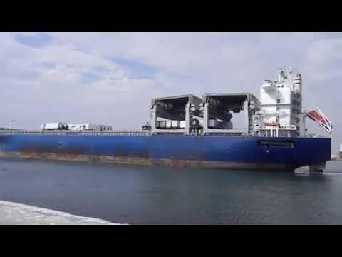 CASACL - Berthing, mooring & unberthing MV Star Japan in Arica port, Chile