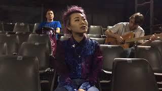 Смотреть клип Ян Гэ - Песня Ла