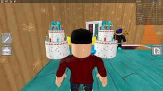 i playde Hello ROBLOX Neighbor!