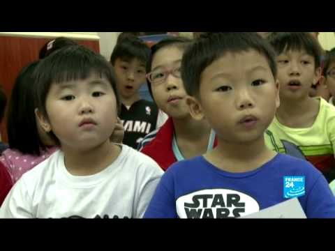 Why Hong Kong children prefer learning American English - #AsiaLive