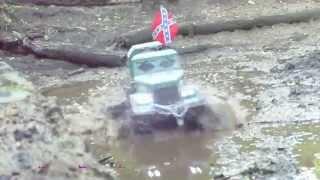 axial scx 10 6x6 kraz 255 twin motor fun in the mud