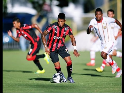 Marinho - Esporte Clube Vitória 2016