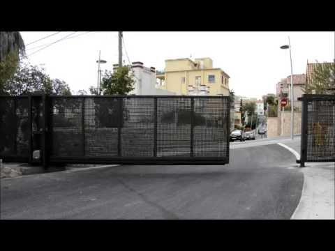 Puerta corredera autoportante teckendoor youtube - Puerta empotrada corredera ...