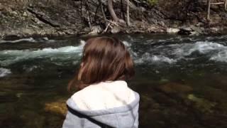 Tirando piedras al rio smokey tn