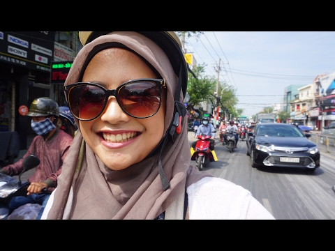 VIETNAM VIDEO - Out and About in Ho Chi Minh City/Saigon - JAN 2017