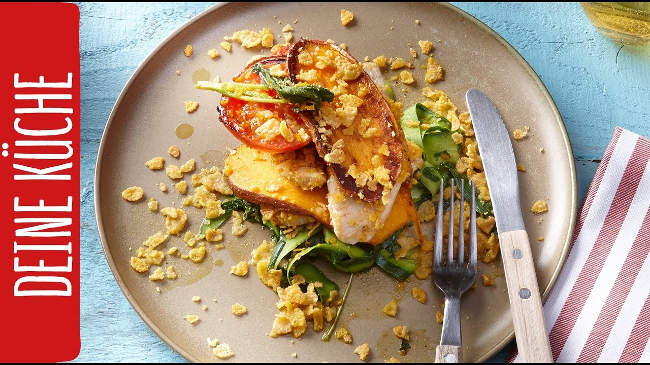 Hähnchenbrust mit Süßkartoffeln und Zucchini-Salat | Schnelle  Feierabendküche | REWE Deine Küche