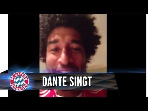 Dante singt für die Mannschaft