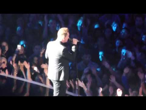 Sam Smith performing at the MTV Video Music Award 2014 August 24th VMA