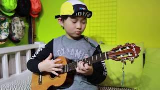 Bohemian Rhapsody - Queen (Ukelele cover by 8year-old kid)