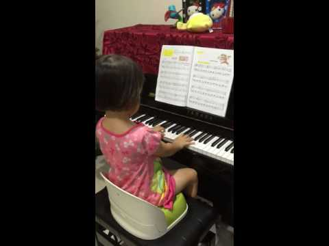 Piano Lesson Made Easy Level 3 p.15 Cradle Song (02-Jan-2015)