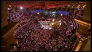 Land of Hope and Glory - Last Night of the Proms 09