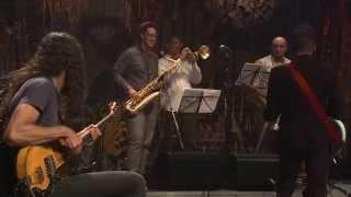 Max de Castro | Voce abusou / Samba de uma nota só (Jocafi / T. Jobim) | Instrumental Sesc Brasil