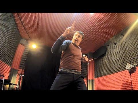 Вячеслав Антонов на студии Вячеслава Мерцалова.Танцор диско. Джимми Джимми Ача.