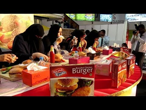 Amazing Street food in Jeddah, Saudi Arabia !