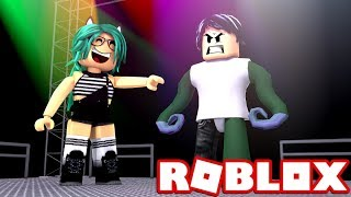 the clothes more ugly in the world in ROBLOX (FAMOUS FASHION) 💄😆