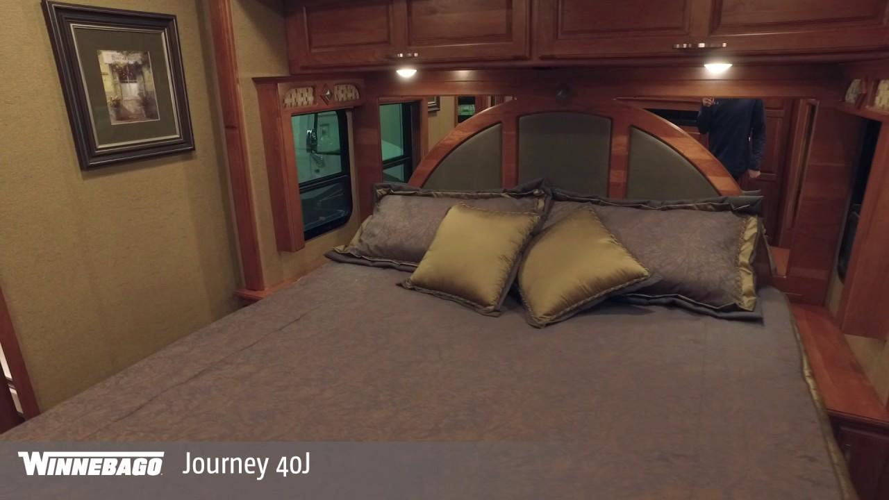 New 2019 Winnebago Journey 40J Motor Home Class A - Diesel