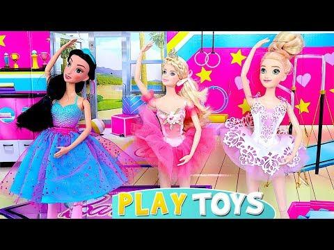 Princess Rapunzel Ballet Class at Barbie Doll Dance School!