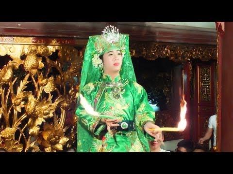 Hầu Đồng, Hát Văn Hay Đồng Thầy Trần Vũ Tiến, Hầu Giá Chúa Nguyệt Hồ