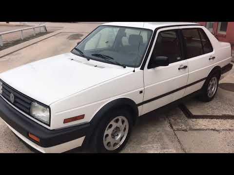 1992 Volkswagen Jetta (84k original mile) Turbo Diesel 5-speed Walk Around