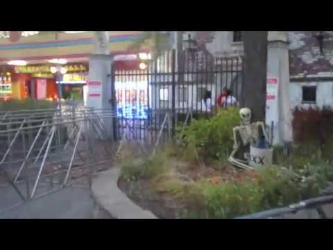 Massacre Medical Center Review Fright Fest Six Flags Great America 9-23-17