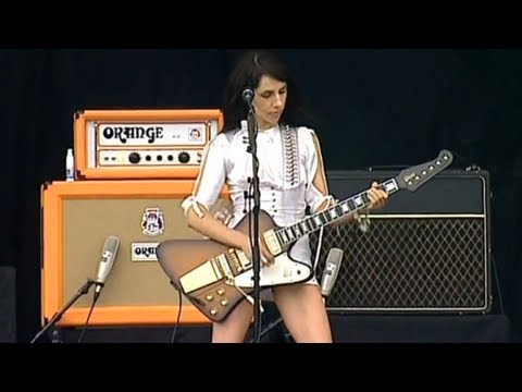 PJ Harvey  Dress  HD Live V Festival 2003
