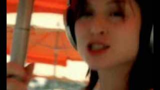Sophie Ellis-Bextor - Music Gets The Best Of Me