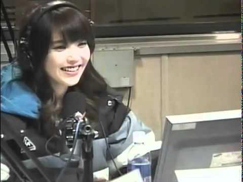 IU laughing @ Radio Show