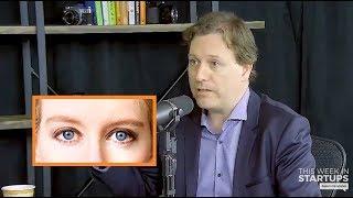 "Elizabeth Holmes' Fake Voice & Other Sociopath Tendencies | John Carreyrou (Author of ""Bad Blood"")"