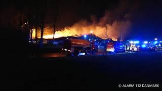 10.12.2019 - Voldsom brand i bygning ved HI-Park - Herning
