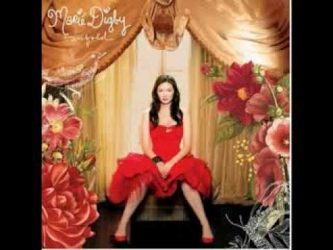 Клип Marié Digby - Umbrella