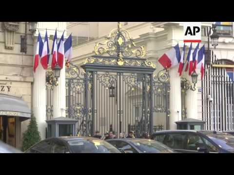 New French PM Cazeneuve heads to the Elysee
