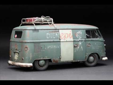 Hasagawa 1967 Volkswagen type 2 Delivery Van 1-24 scale Finished.