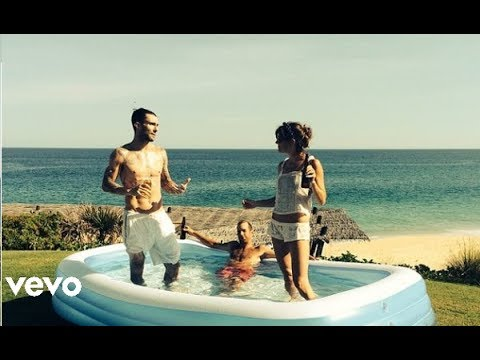 maroon-5-what-lovers-do-ft-sza-official-video-stereosong