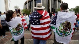 Sanctuary cities push to make '1 million immigrants' citizens