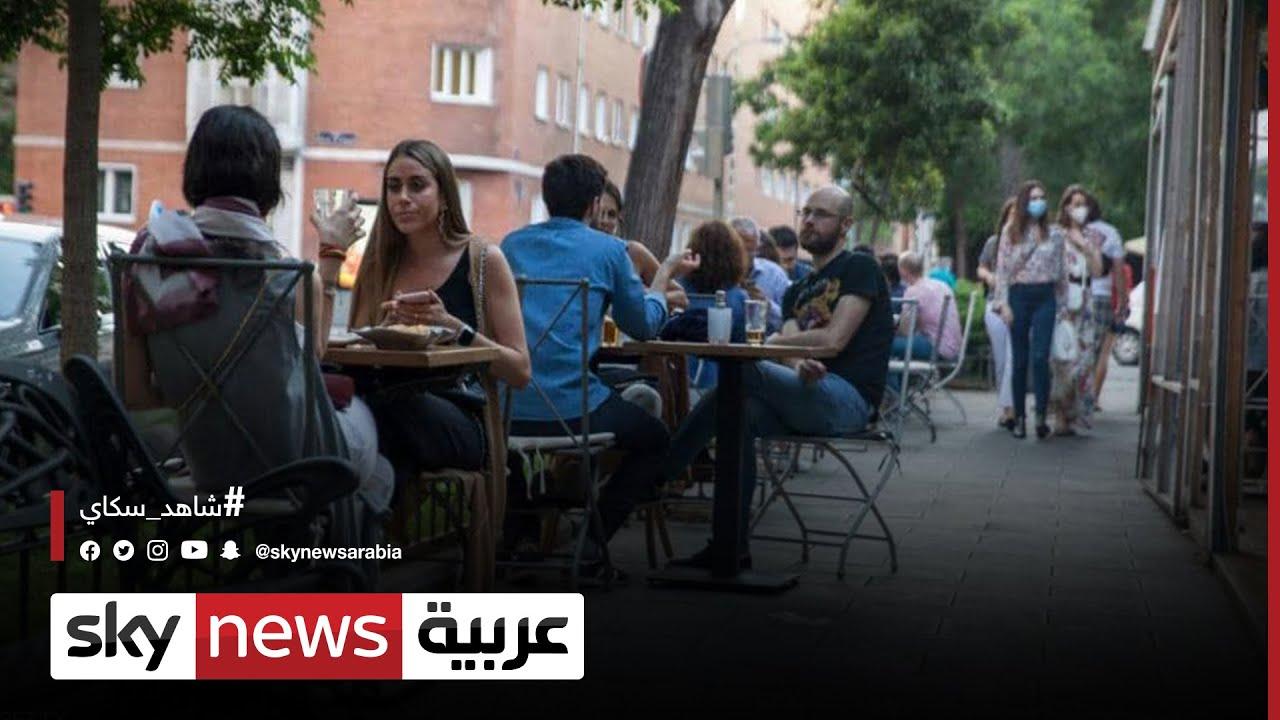 الازدحام يعود إلى الشوارع مع بدء تخفيف الإغلاق  - نشر قبل 1 ساعة