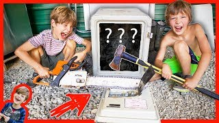 KIDS BREAK INTO ABANDONED SAFE FIRST TRY! (SAME AS CARTER SHARER SAFE)
