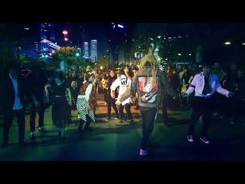 Michael Jackson Thriller Dance Flashmob For Halloween In Shanghai