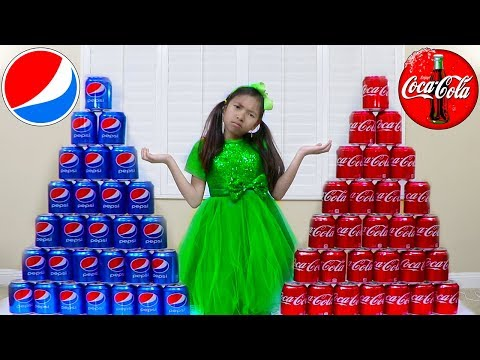 Wendy Pretend Play Coke vs Pepsi Learn Colors while Shopping for Soda