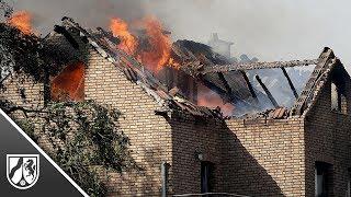 Siegburg: Böschungsbrand greift auf Wohnhäuser über