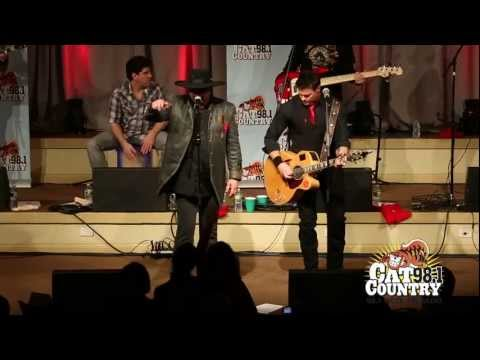 MONTGOMERY GENTRY performs