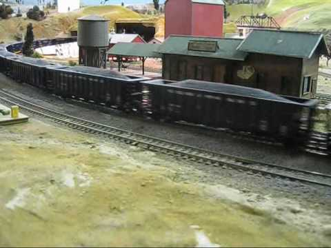 George's Union Pacific coal train with DD35 A and B units
